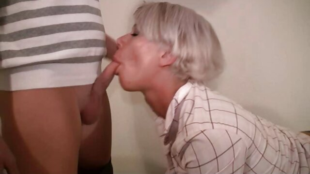 Massage room dengan vagina Perancis panas Tiffany sebelum creampie cerita seks dewasa terbaru