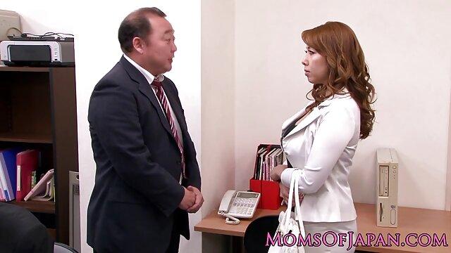 Istri tersayang dari Juan yang sedang bercinta, dengan dia bloom. cerita sex dewasa terbaru bergambar