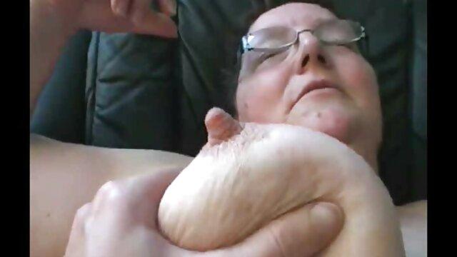 Suster, Mika, Joseph cerita sex dewasa terbaru sedarah tertangkap di mata Makan Kimmy Granger