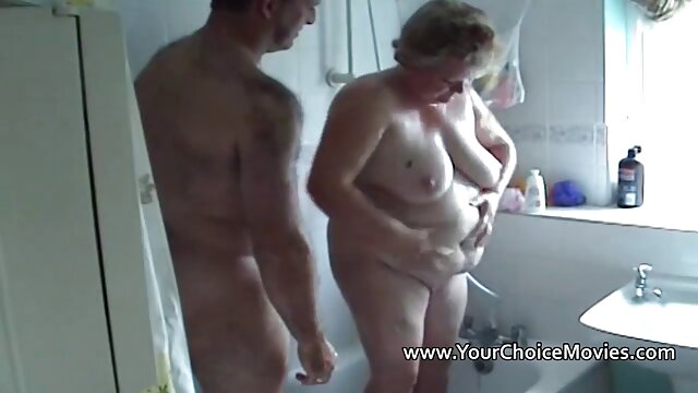 ibu suami dan aku di depan cerita sex hot dewasa bergambar tentara ayah saya berlibur.