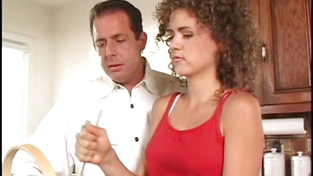 Kayla adalah suaminya di cerita seks terlengkap rumah.