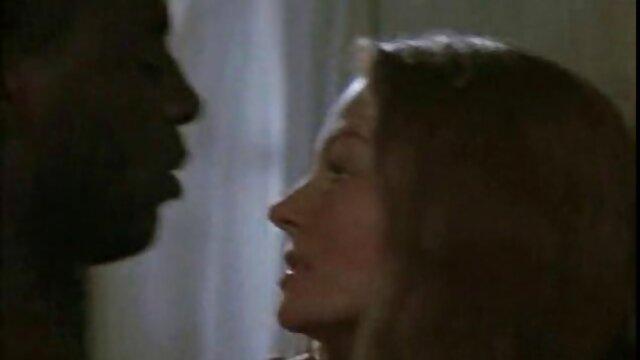 Kendra memiliki nafsu kumpulan cersex hot di wajahnya, dia suka pantatnya.